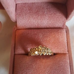 14k Diamond Ring with 14 Diamonds